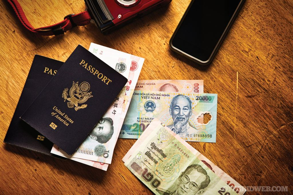 Securing Your Stash: Do's and Don'ts of Traveling with Money